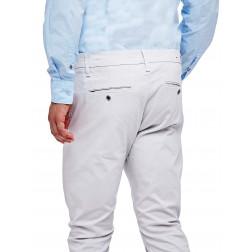GUESS - Pantalone modello chino